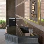 コンパクトタイプ設置例(ホテル玄関)
